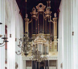 De orgelmaker König en het orgel in Alden Biesen