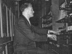 Amsterdam, 1932: een bankbediende wordt 'Kathedraalorganist'