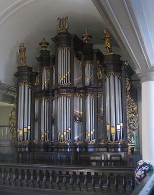 Fotot van de website Lutherse kerk Groningen: www.svlk.nl
