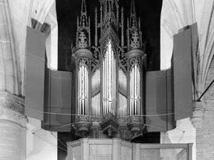 The Van Covelens organ in the St.-Laurenskerk at Alkmaar by Wim Diepenhorst and Rogér van Dijk