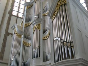 Bach organs in Ansbach and Dordrecht by Henk Verhoef