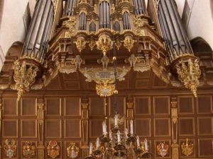 Link between Scherer and Schnitger. The Stellwagen-organ in the Marienkirche of Stralsund restored by Jaap Jan Steensma