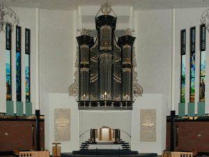 New organs from organ builder Steendam by Rogér van Dijk en Cees van der Poel