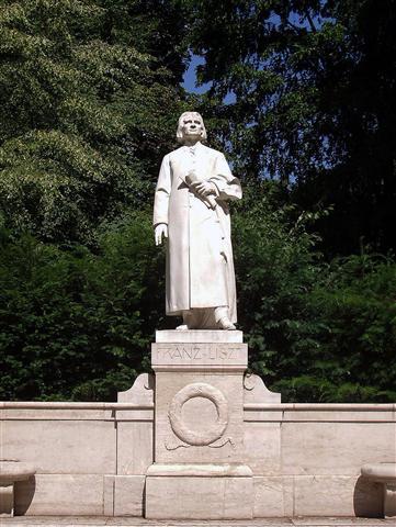 liszt-standbeeld-weimar-foto-jansmelik