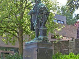 Bachs Es-dur fuga BWV 552b en het scheermes van Ockham