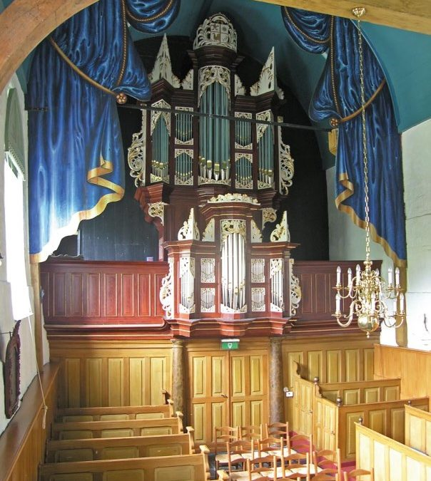 Het orgel in de St.-Margaretakerk te Boksum by Aart van Beek