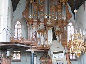 The effects of organ sound on the organist by Kees Doornhein