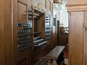 The Hinsz/Van Dam organ in the Martinikerk of Bolsward by Rogér van Dijk, Henk de Vries, and Auke H. Vlagsma