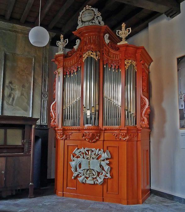 De kas van het Seijbel-orgel in het Nationaal Orgelmuseum