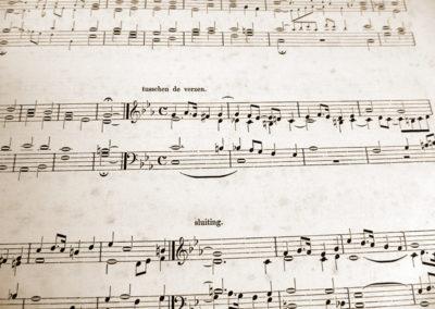 Orgelgebruik in de protestantse kerkdienst tussen 1886 en 1938. Deel 2: voor-, tussen- en naspelen