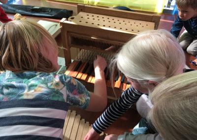Orgelbouw workshop tijdens kindermuziekfestival Amsterdam 2016-10-16 Foto Lydia Vroegindeweij